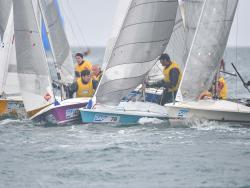 Some tight rounding action from Race 5 © Christophe Favreau