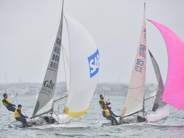 Nathan Batchelor and Sam Pascoe poer past Andy Smith and Tim Needham in Race 4 © Christophe Favreau