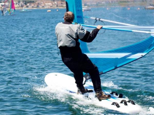 Windsurfer (c) UKWA
